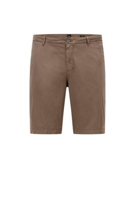 Garment-dyed shorts in stretch-cotton twill, Beige
