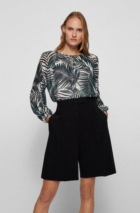 Voluminous blouse in leaf-print viscose, Patterned
