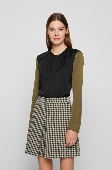 Regular-fit blouse in colour-blocked stretch silk, Black