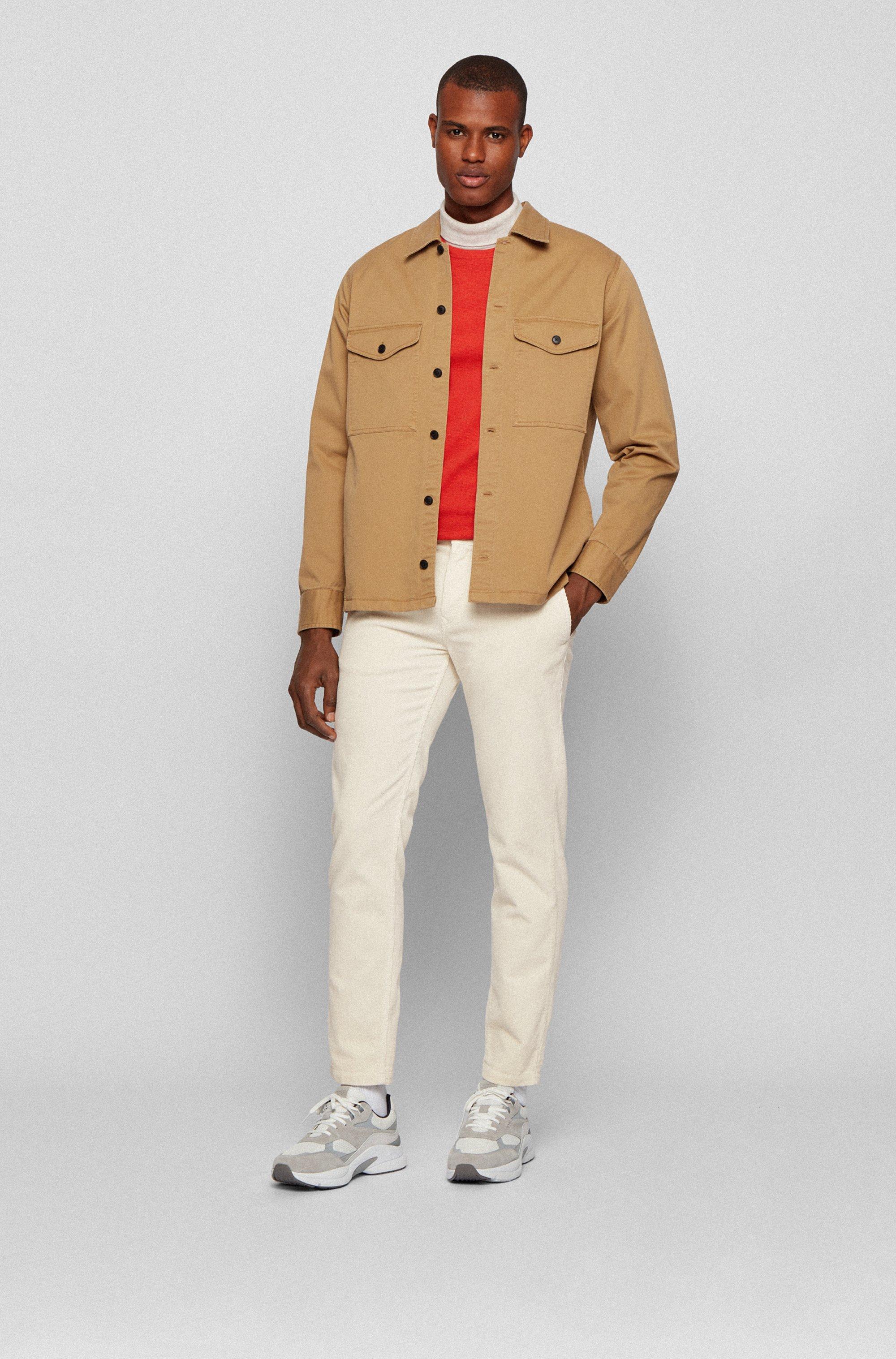 Pantalon Tapered Fit en velours côtelé de coton stretch