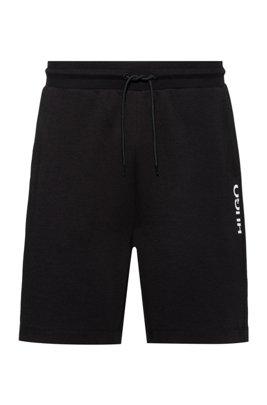 Shorts regular fit de algodón con logo truncado vertical, Negro