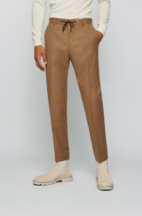 Slim-Fit Hose aus elastischem Wollflanell, Beige