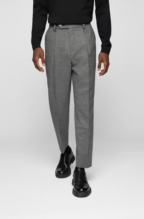 Relaxed-fit pleated trousers in houndstooth stretch wool, Grey
