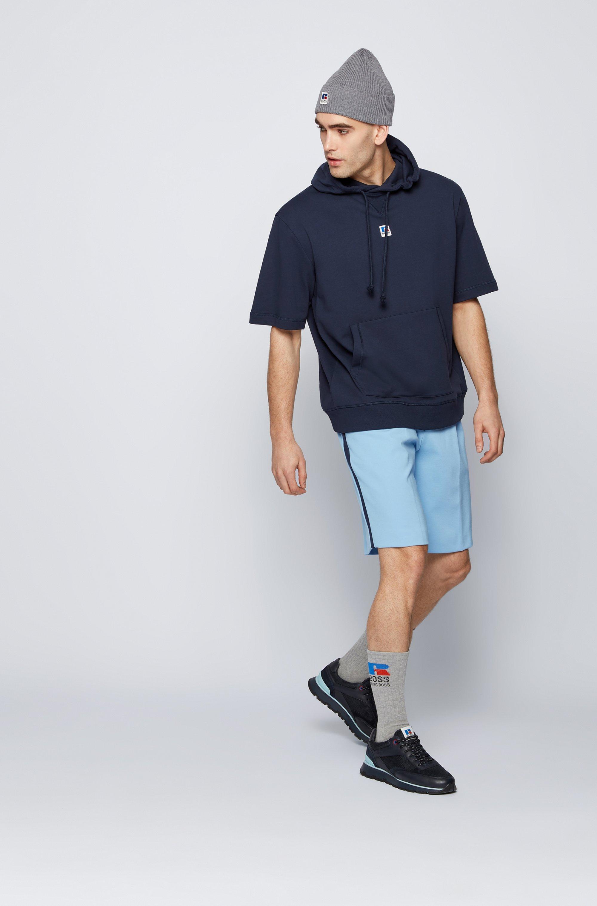 Sweat à capuche à manches courtes en coton biologique avec logo exclusif