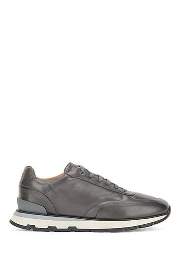 字母图案外底亮面皮革意大利制造运动鞋,  021_Dark Grey