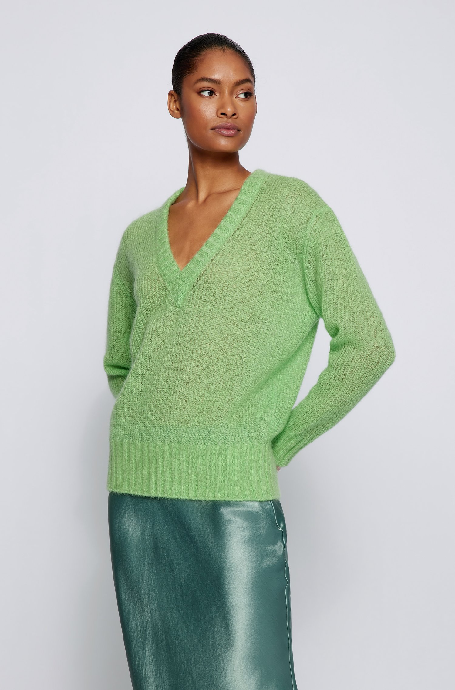 Relaxed-fit sweater with deep V neckline, Light Green