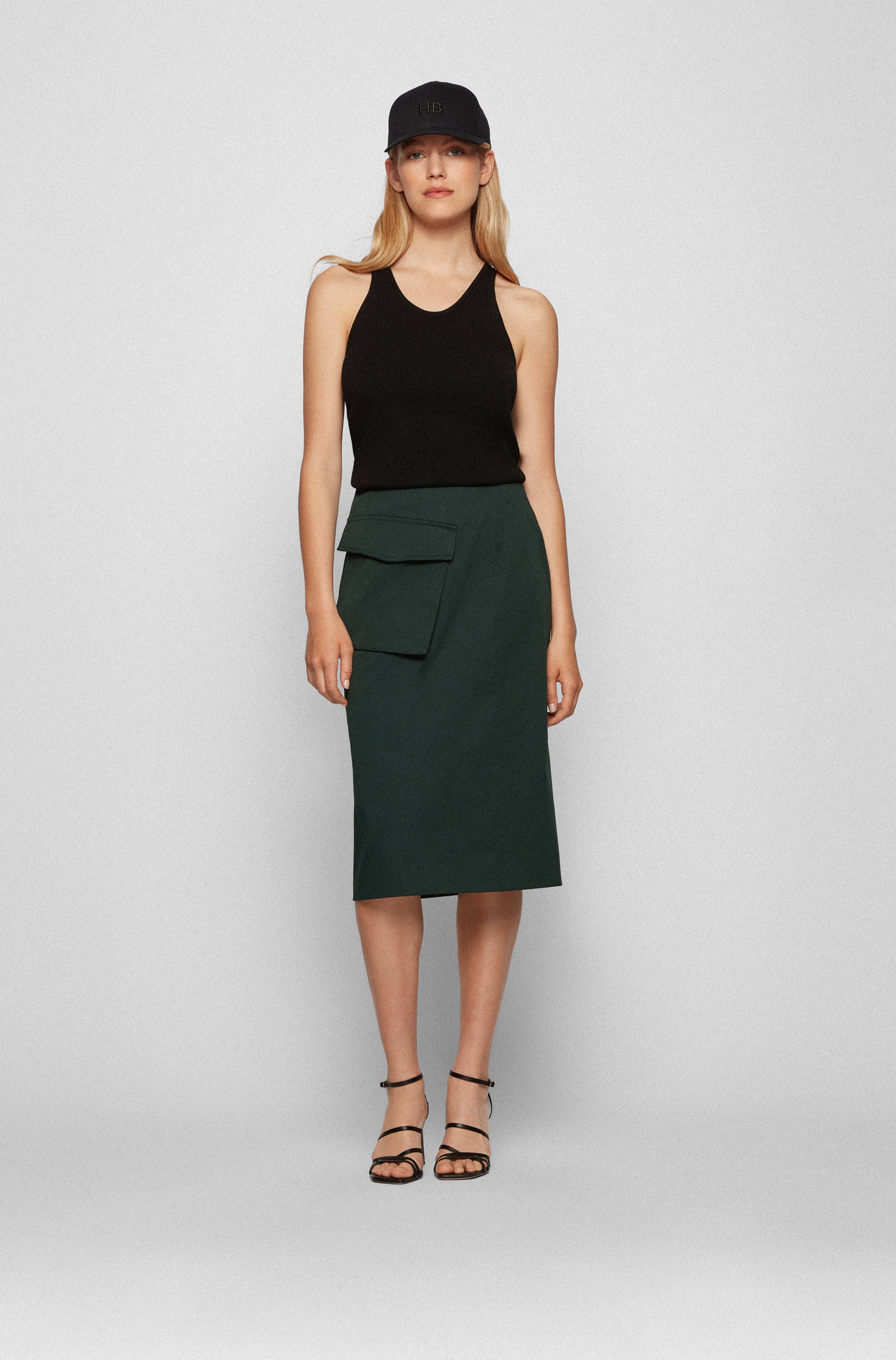 Asymmetric-pocket pencil skirt in stretch organic cotton