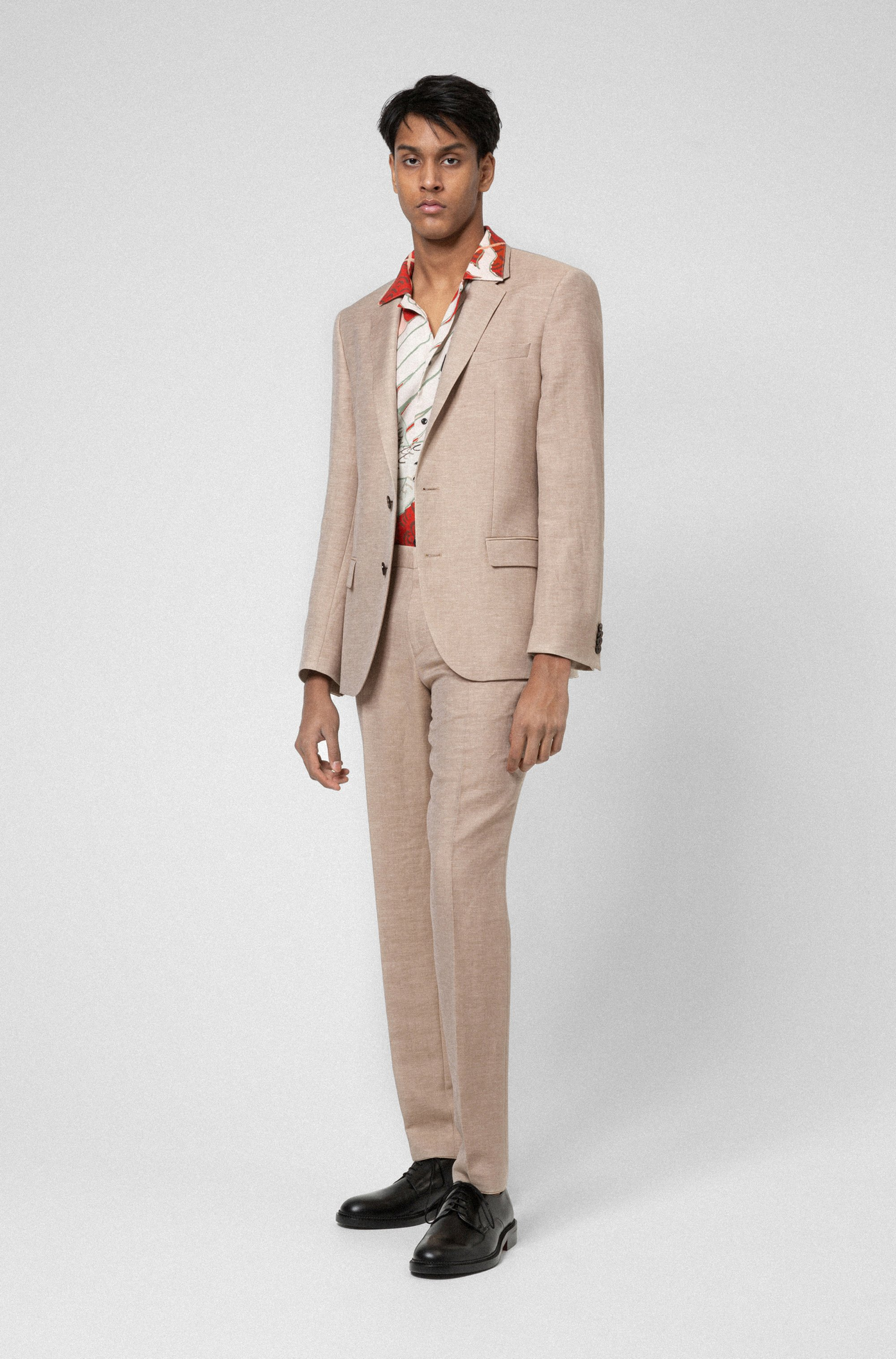Slim-fit suit in linen-blend chambray