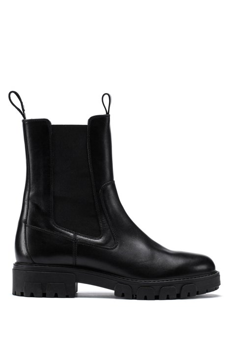 Chelsea boots in Italian leather with reverse-logo tape, Black