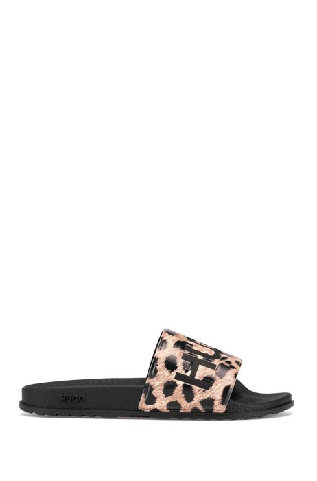 Logo slides with high-impact patterned strap, Patterned