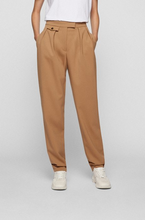 Pleat-front tapered-leg trousers in stretch virgin wool, Light Brown