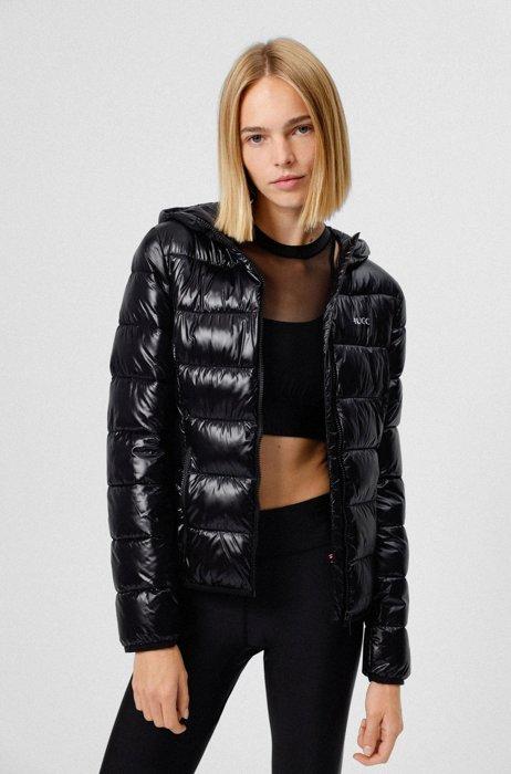 Wattierte Jacke mit Kapuze und kontrastfarbenem Logo, Schwarz