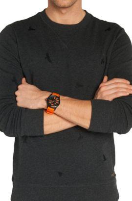 Armbanduhr mit geschwärztem Edelstahlgehäuse und zentraler Sekunde: 'HB2071', Assorted-Pre-Pack