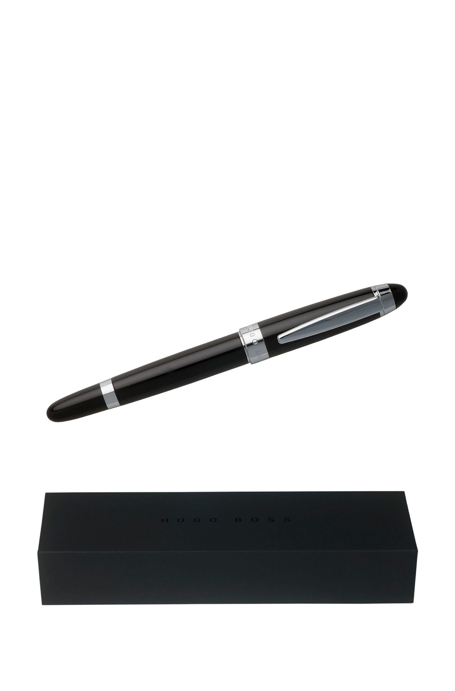Penna stilografica in ottone e lacca nera, Nero
