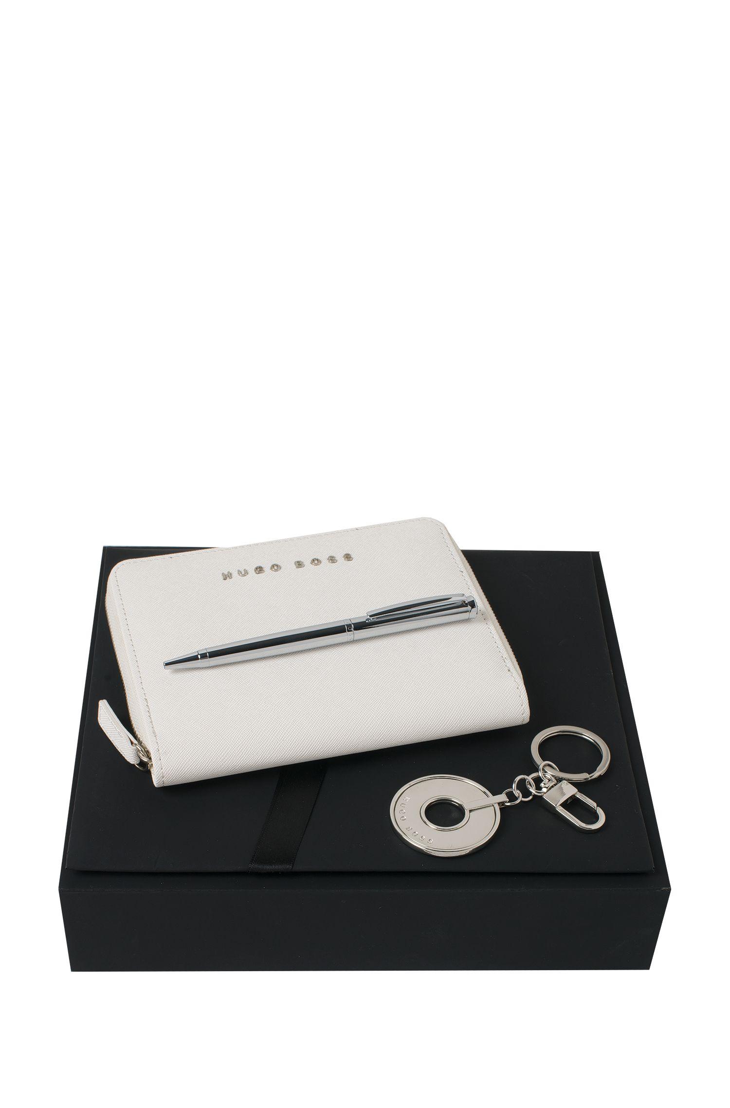 Set de oficina con detalles de metal y piel: 'Saffiano'