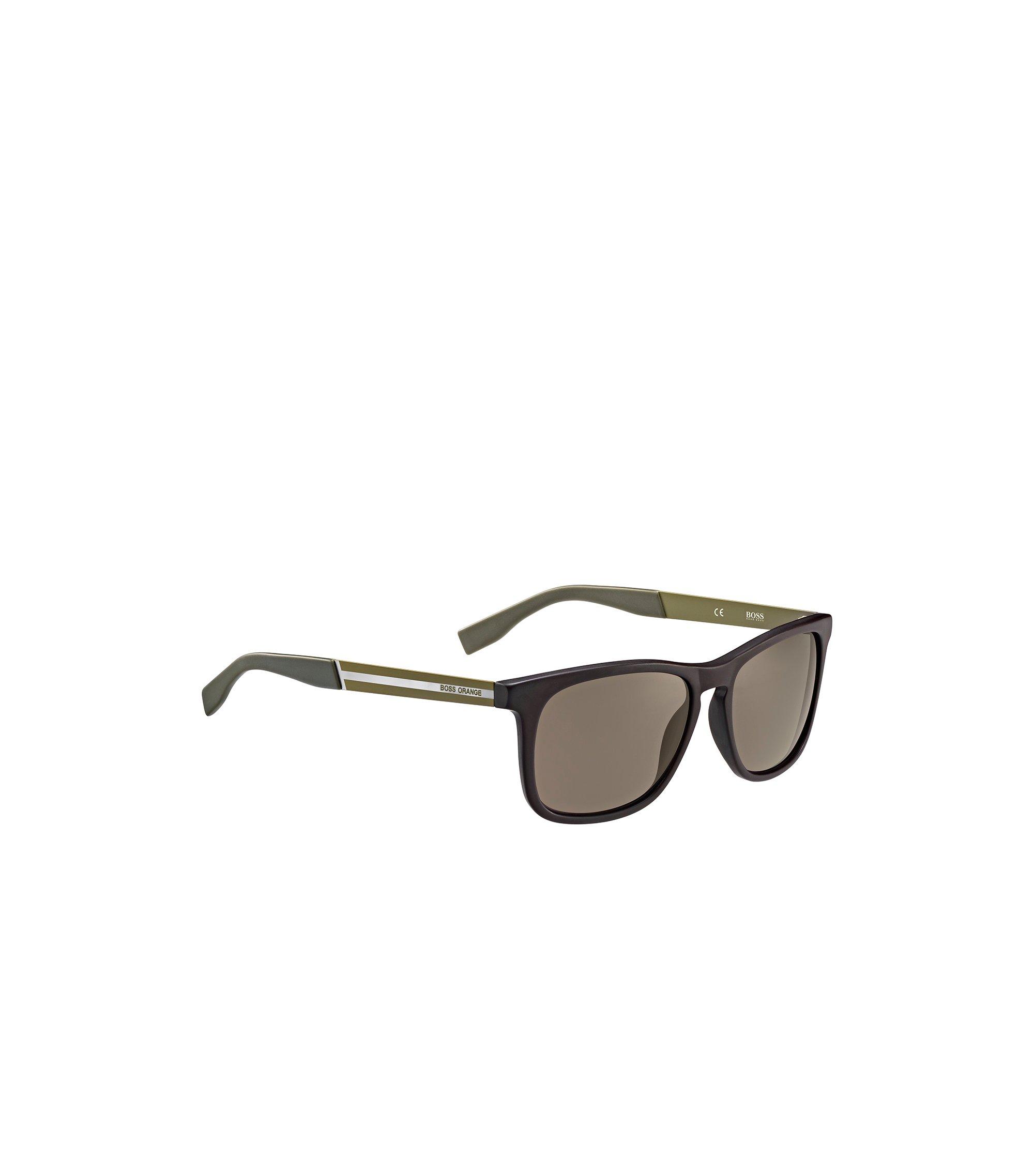 Sonnenbrille mit rechteckiger Kunststofffassung in Braun und Grün: 'BO 0245/S', Assorted-Pre-Pack