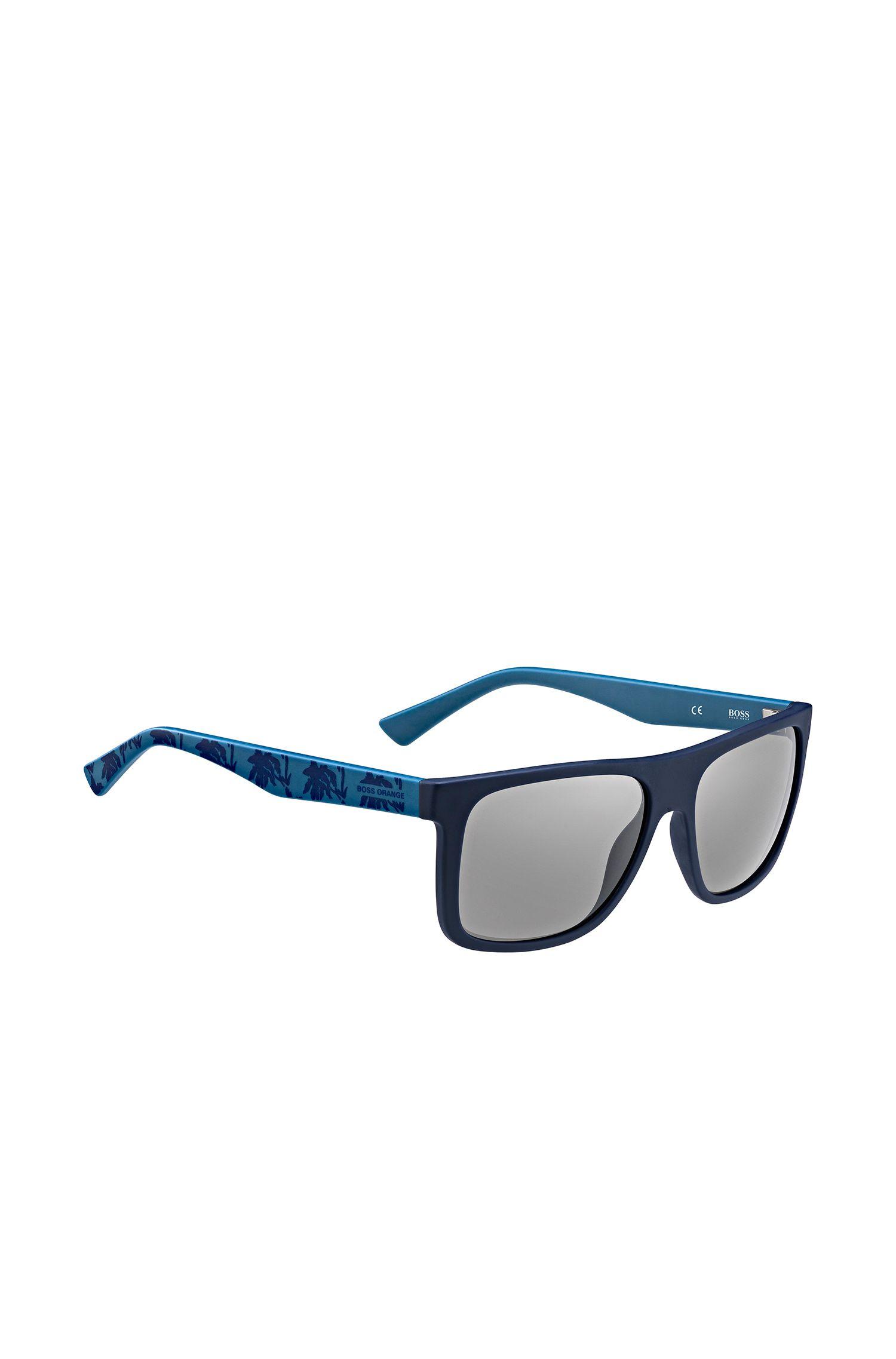 Blauwe zonnebril met poten met dessin: 'BO 0235/S'