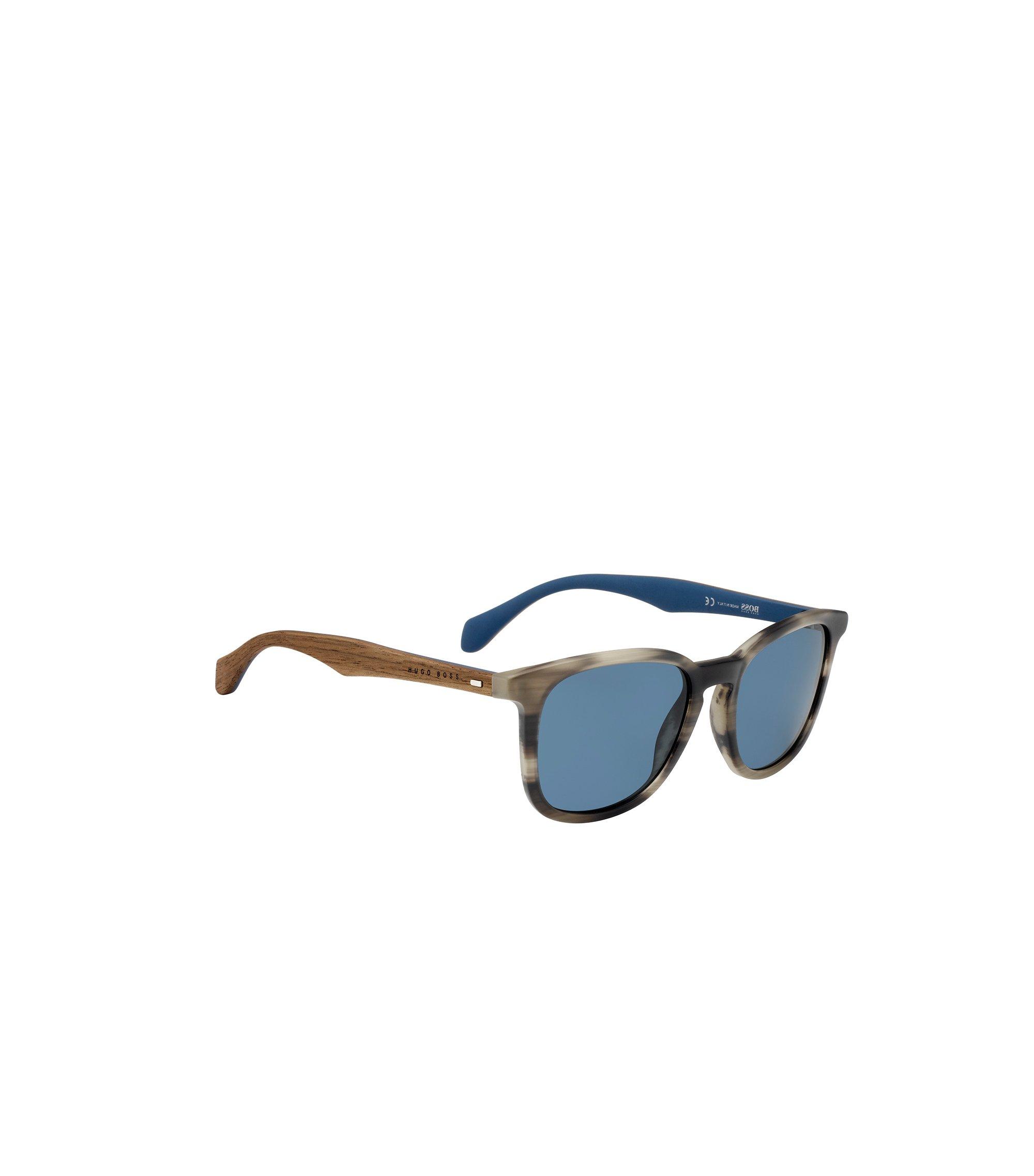 Sonnenbrille mit gemusterter Vollrandfassung und Holzbügeln: 'BOSS 0843/S', Gemustert