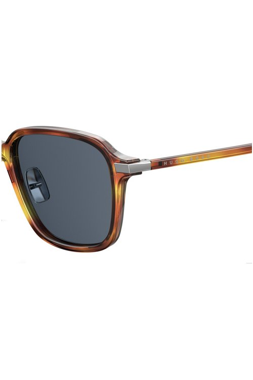 Hugo Boss - Vintage-style sunglasses with adjustable nosepads - 3