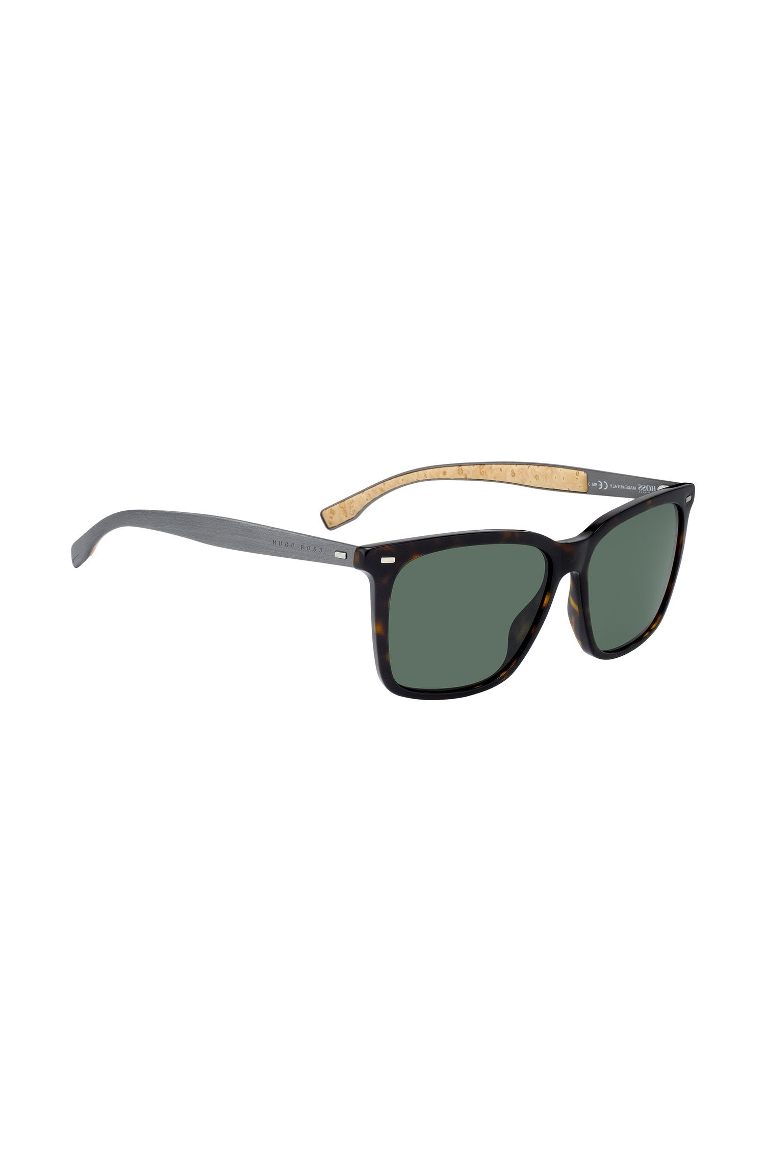 Sunglasses with cork-lined aluminium arms