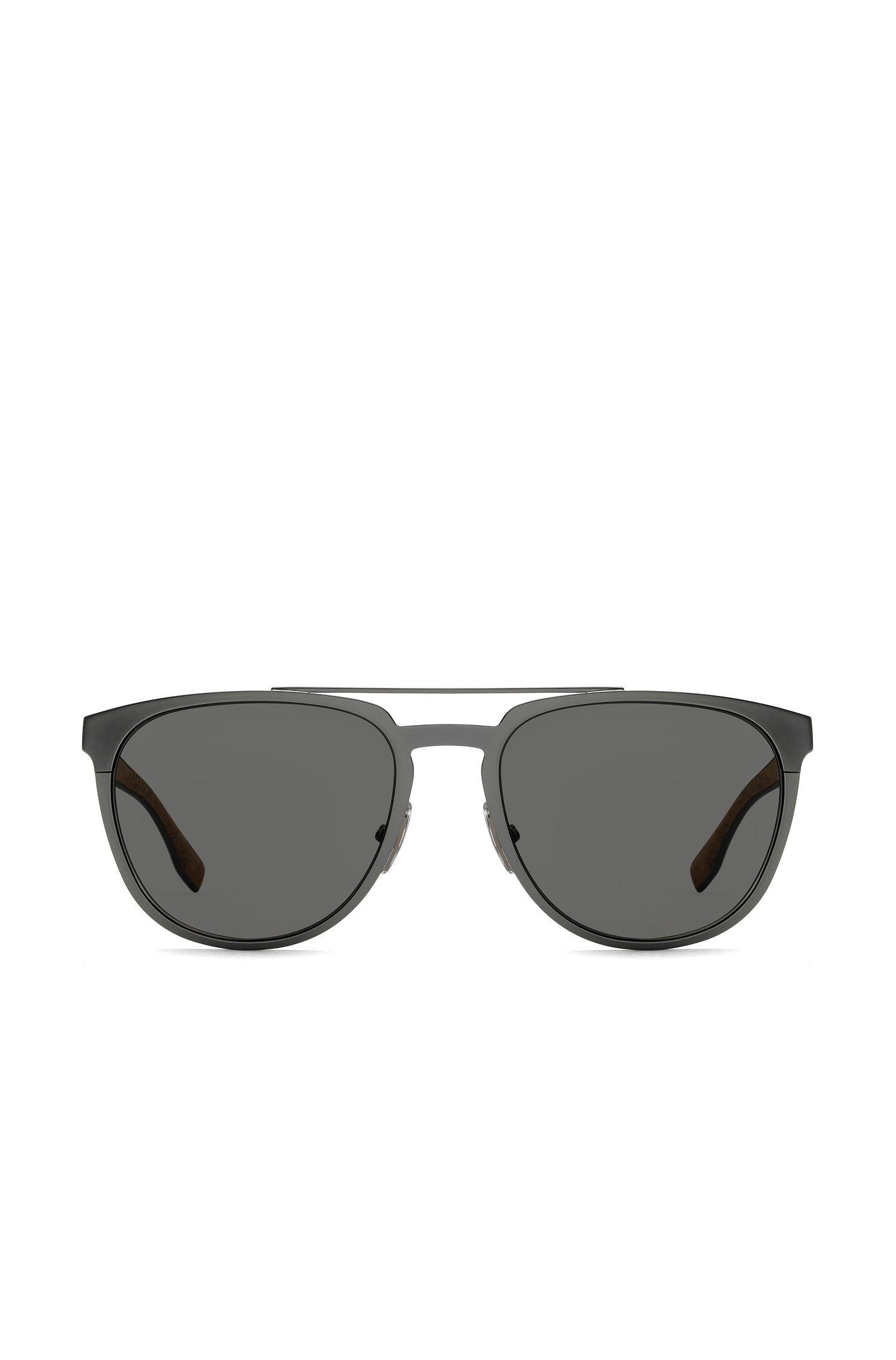 Occhiali da sole in metallo grigio scuro con inserto in sughero, Argento