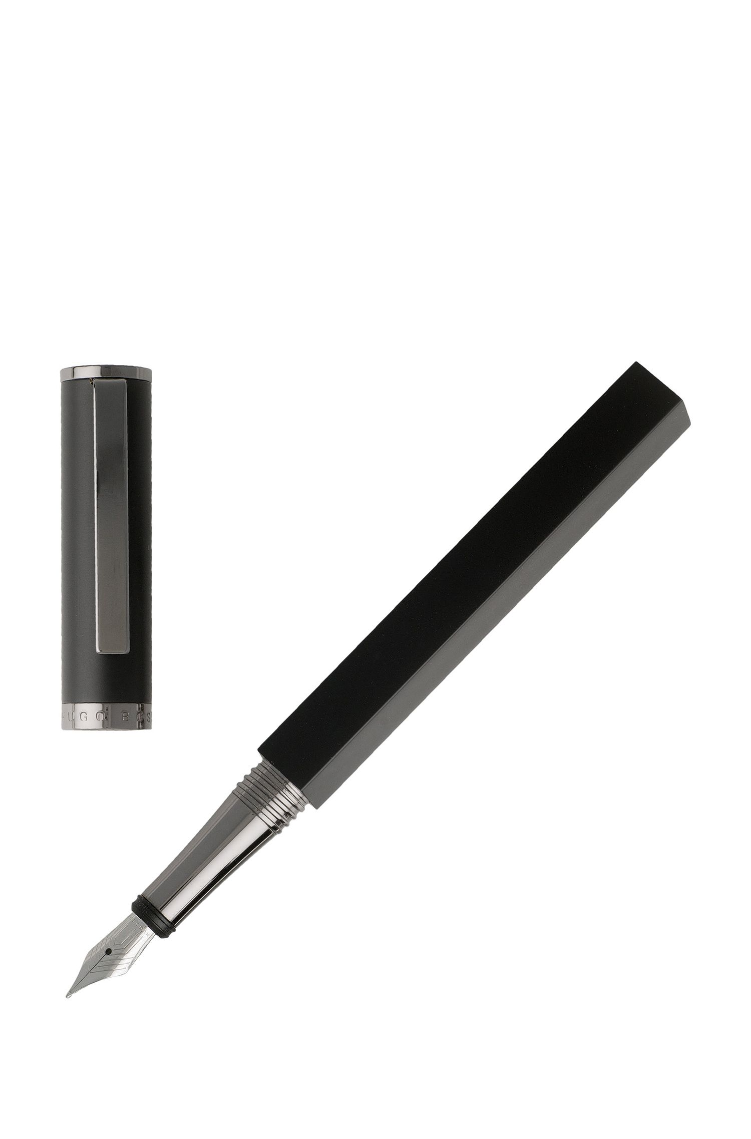 Dual-shaped fountain pen in matt-black lacquer, Black