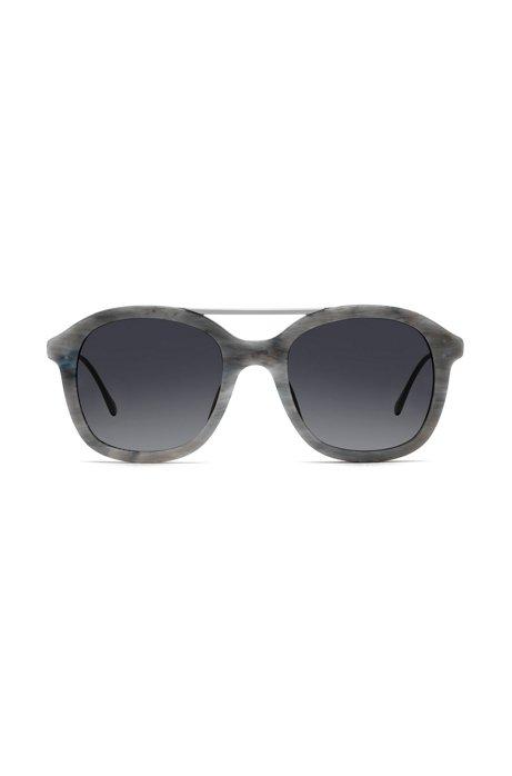 Sonnenbrille mit gemusterter Acetat-Fassung JKFEAhv
