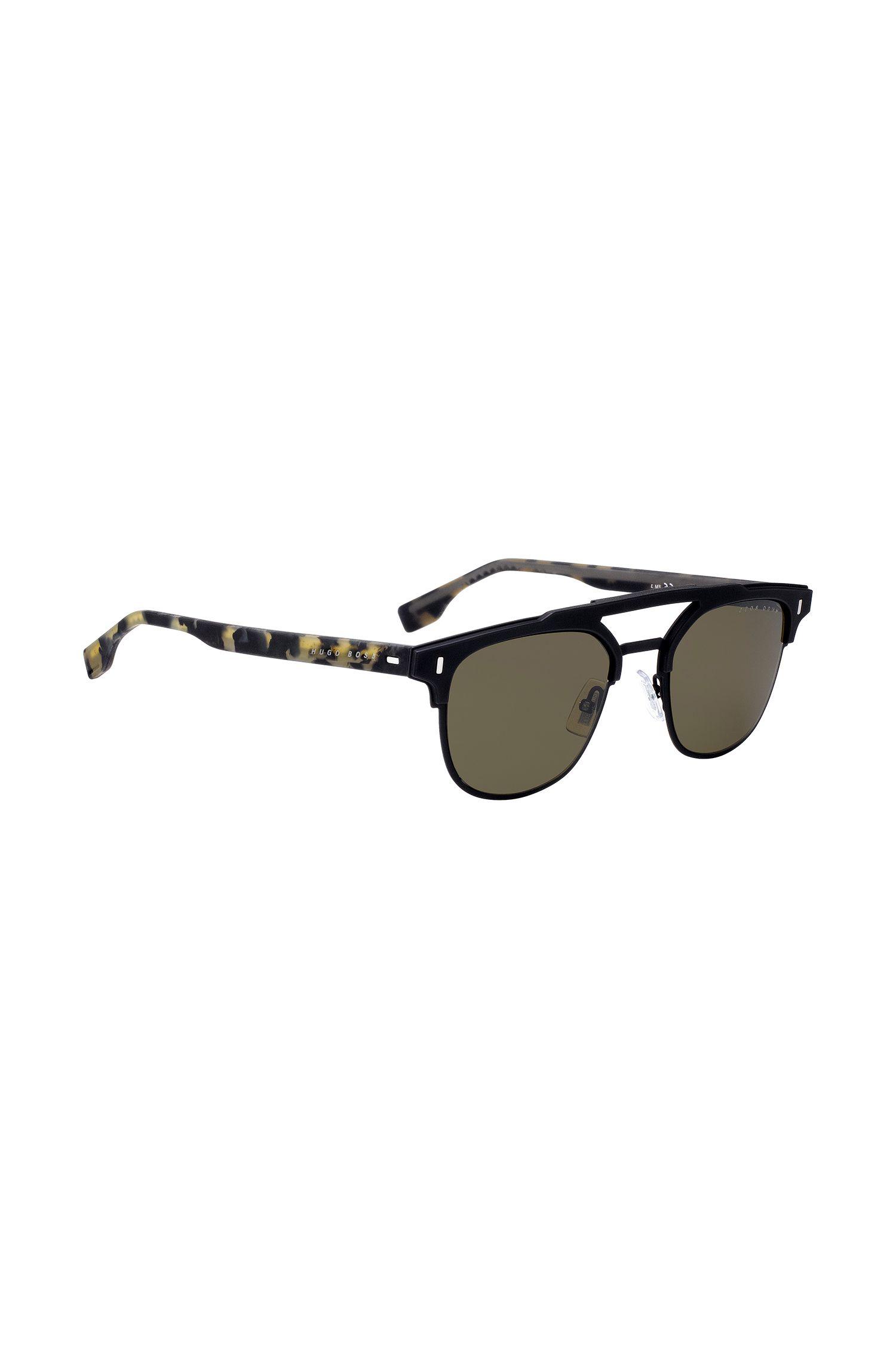 Sonnenbrille mit Doppelsteg und gummierten Bügeln mit Havanna-Muster, Gemustert