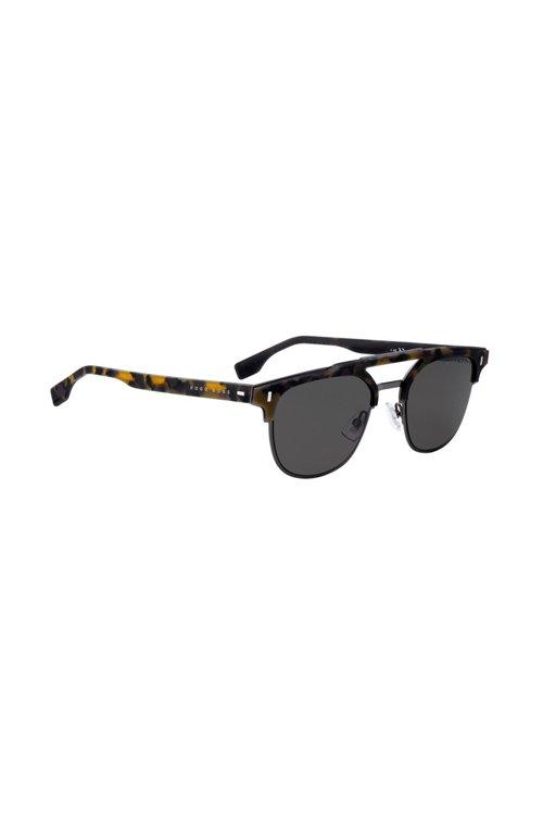 Hugo Boss - Gummierte Sonnenbrille mit Havanna-Muster und Nieten an den Scharnieren - 1