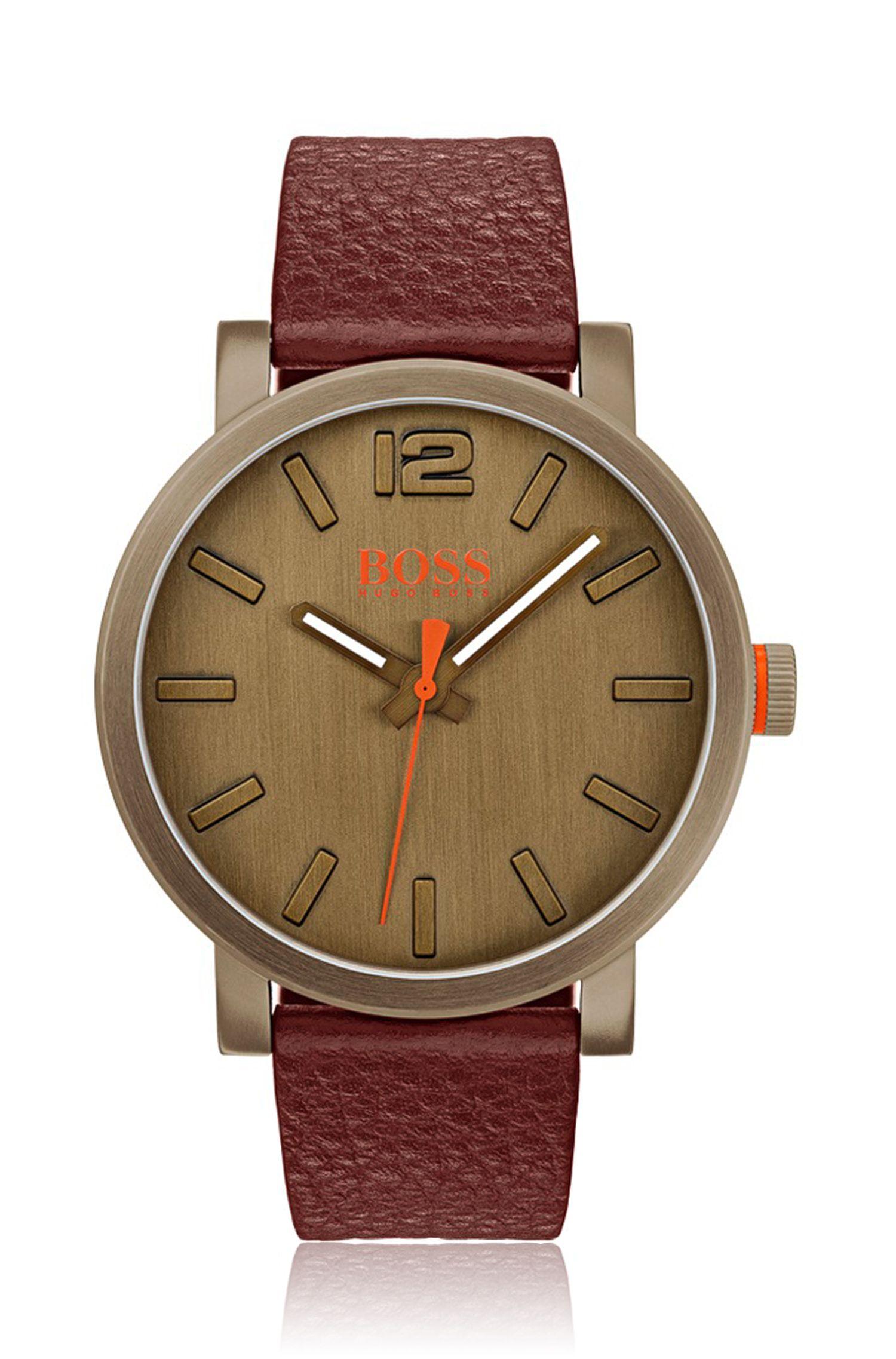 Reloj con correa de piel en acero inoxidable con chapado caqui
