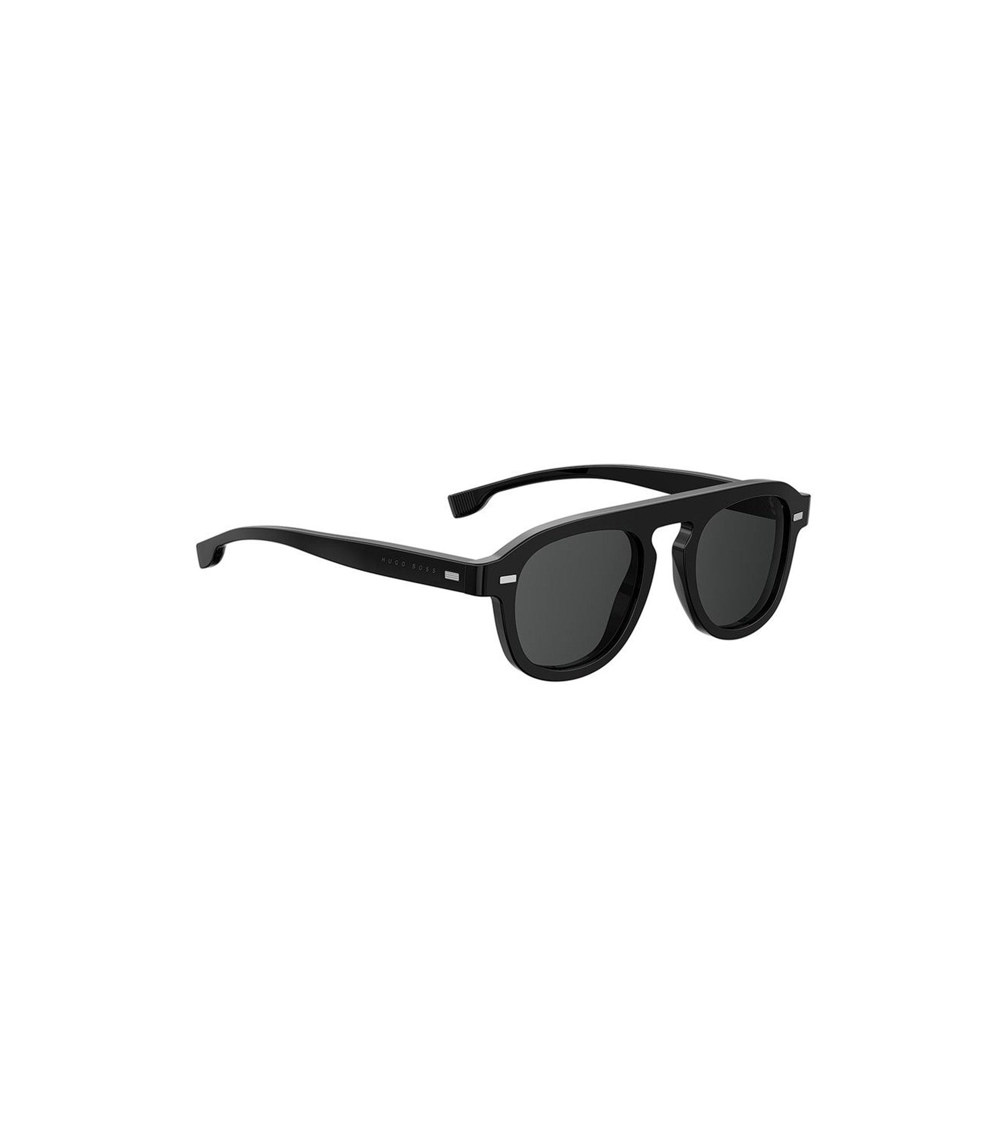 Vintage-inspired sunglasses with black acetate frames, Black