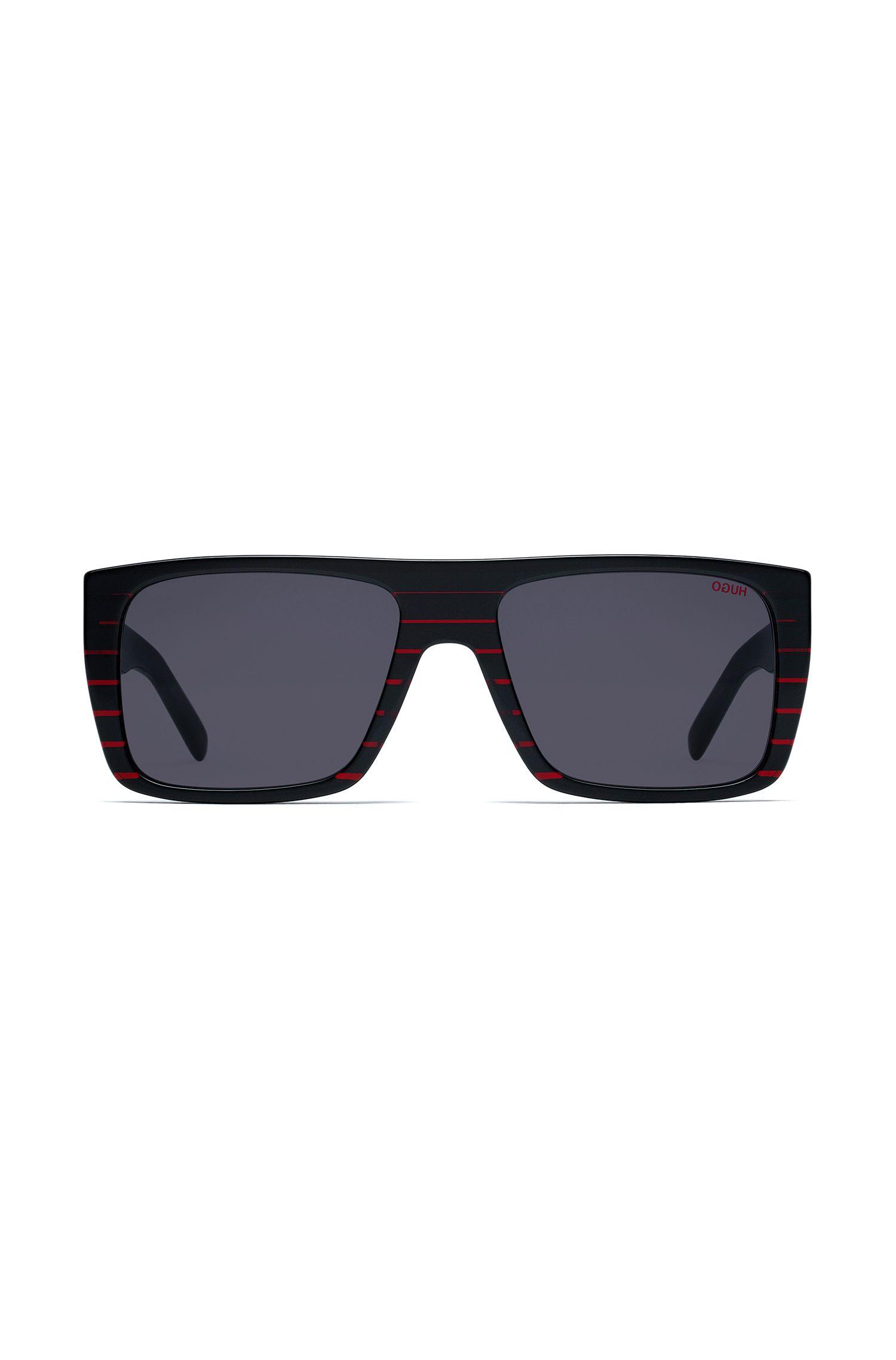 Eckige Sonnenbrille aus schwarzem Acetat mit roten Streifen, Schwarz