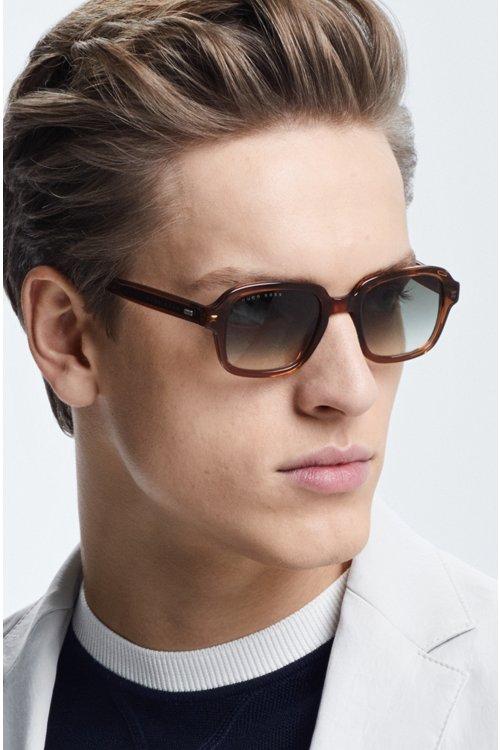 Hugo Boss - Square sunglasses in transparent brown acetate - 4