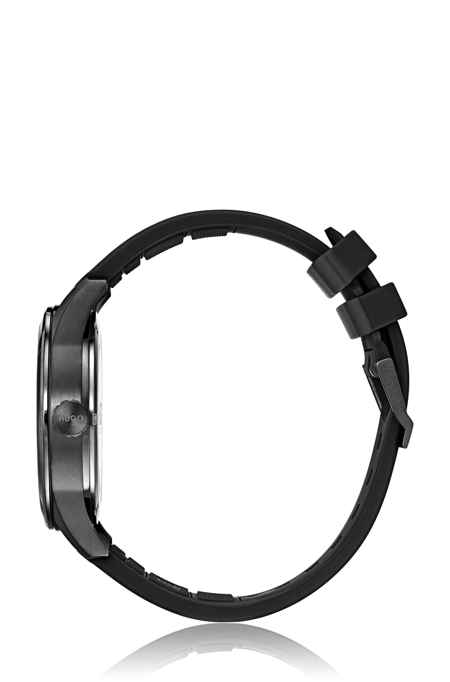 Montre plaquée noire à cadran orné de différentes textures, Noir