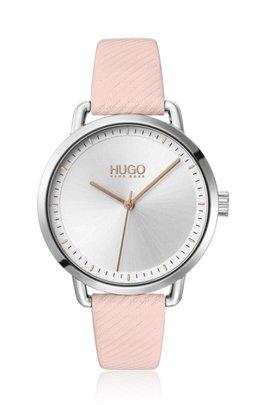 Reloj de acero inoxidable con correa de piel rosa grabada, Rosa claro
