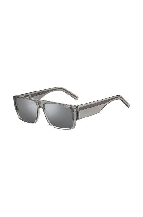 Sonnenbrille aus grauem Acetat mit breiten Bügeln, Assorted-Pre-Pack