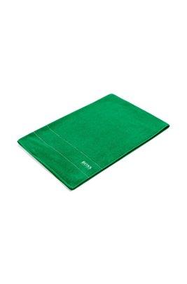 Großes Badetuch aus feinster ägyptischer Baumwolle mit Logo-Bordüre, Grün