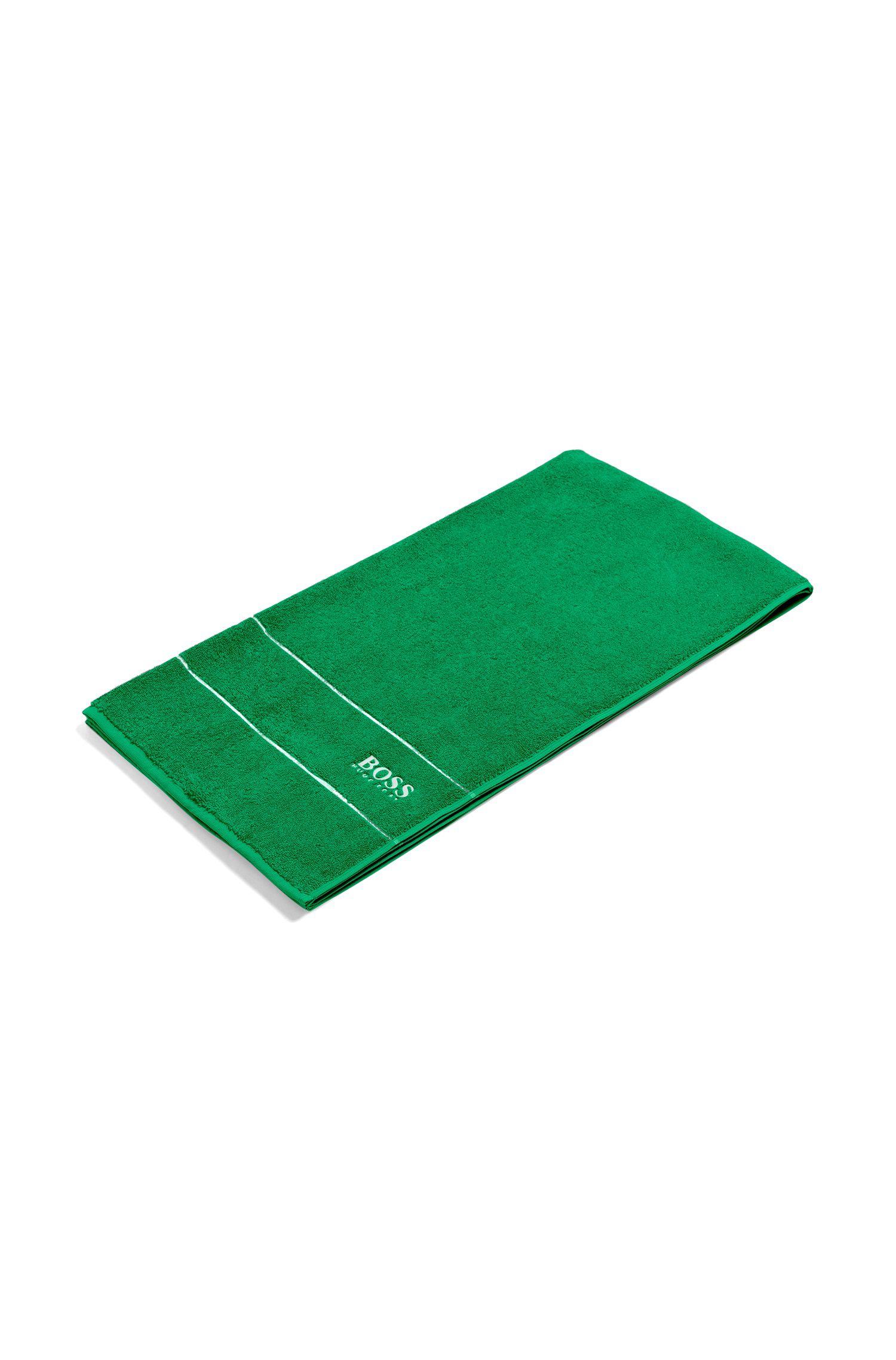 Toalla de baño en algodón egipcio de la máxima calidad con logo en el borde, Verde