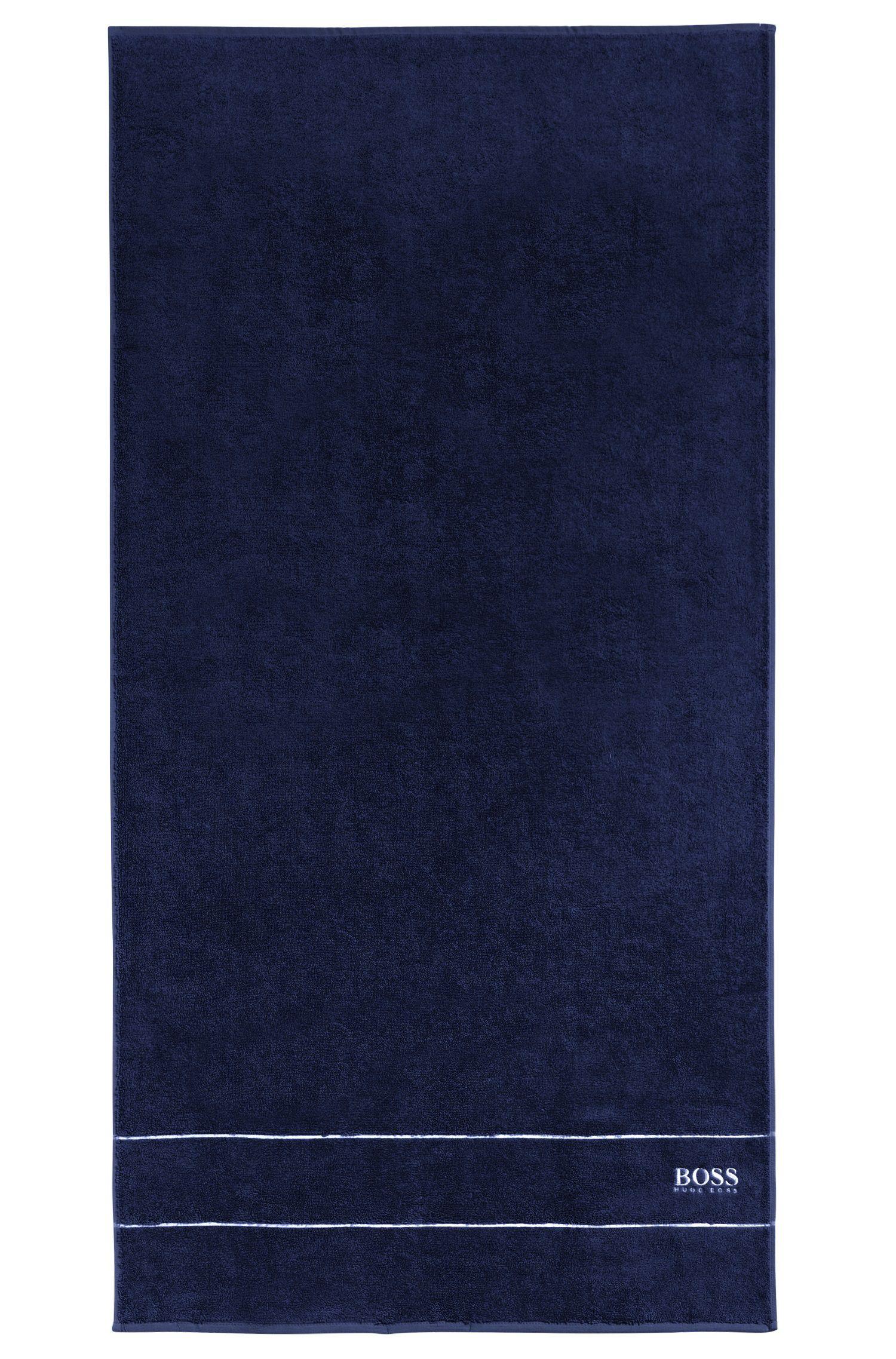 Toalla de baño en algodón egipcio de la máxima calidad con logo en el borde, Azul oscuro
