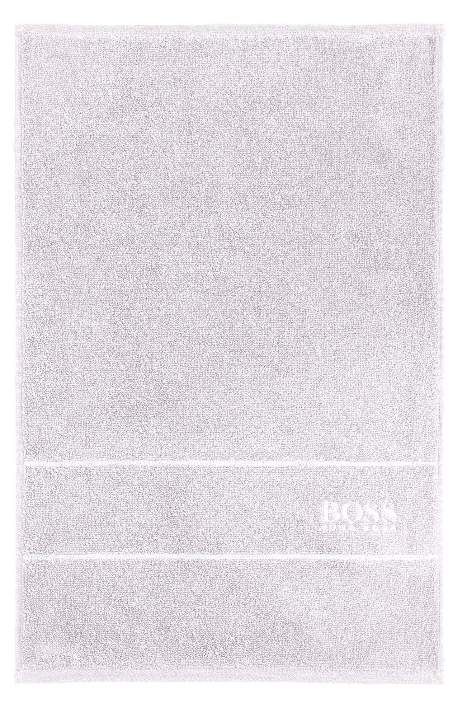Serviette de toilette pour invité en coton égyptien des plus raffinés avec bordure logo, Argent