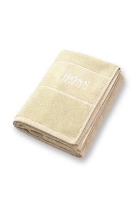 Handtuch aus feinster ägyptischer Baumwolle mit Logo-Bordüre, Hellbeige