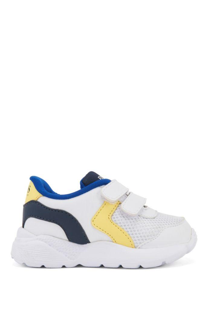 Sneakers da bambino con logo, dettagli colorati e chiusura a strappo
