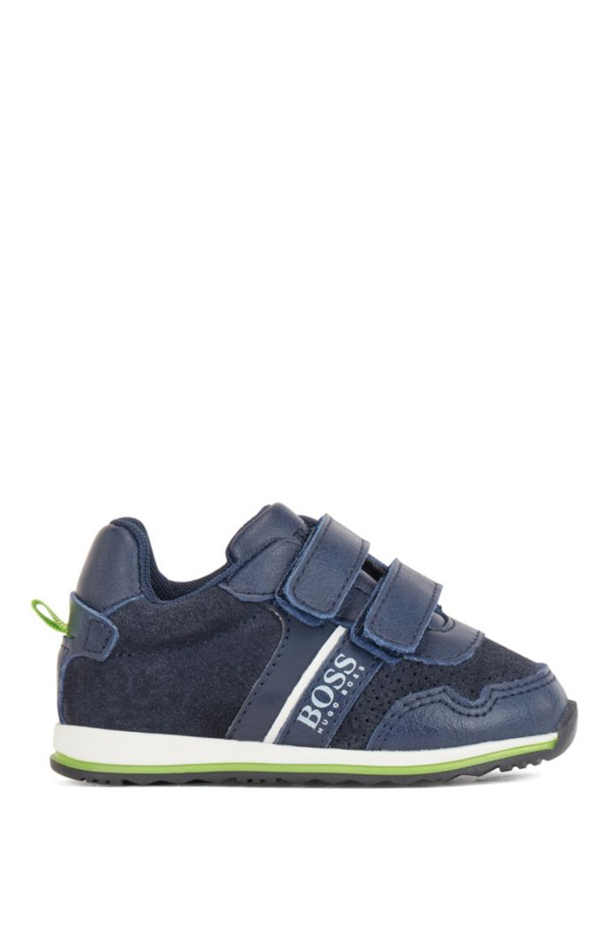 Kids' low-top trainers with touch-closure straps