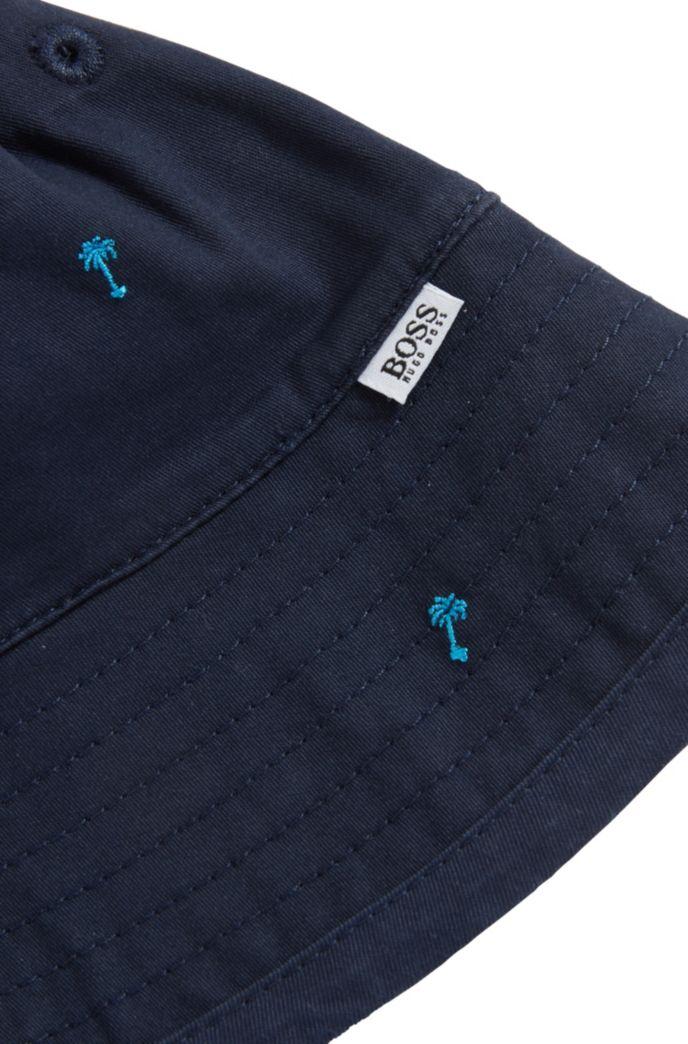 Tweezijdig te dragen kinderhoedje in een twill van stretchkatoen met logo