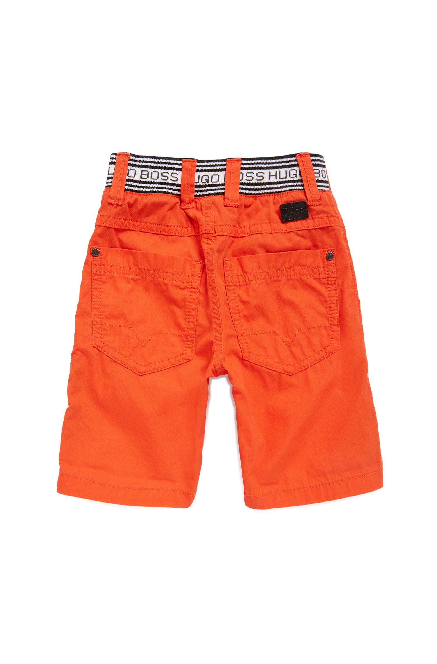 Pantaloncini da bambino in cotone con righe in vita sulla parte posteriore