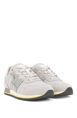 Kids-Sneakers aus Material-Mix mit Metallic-Paspel, Grau