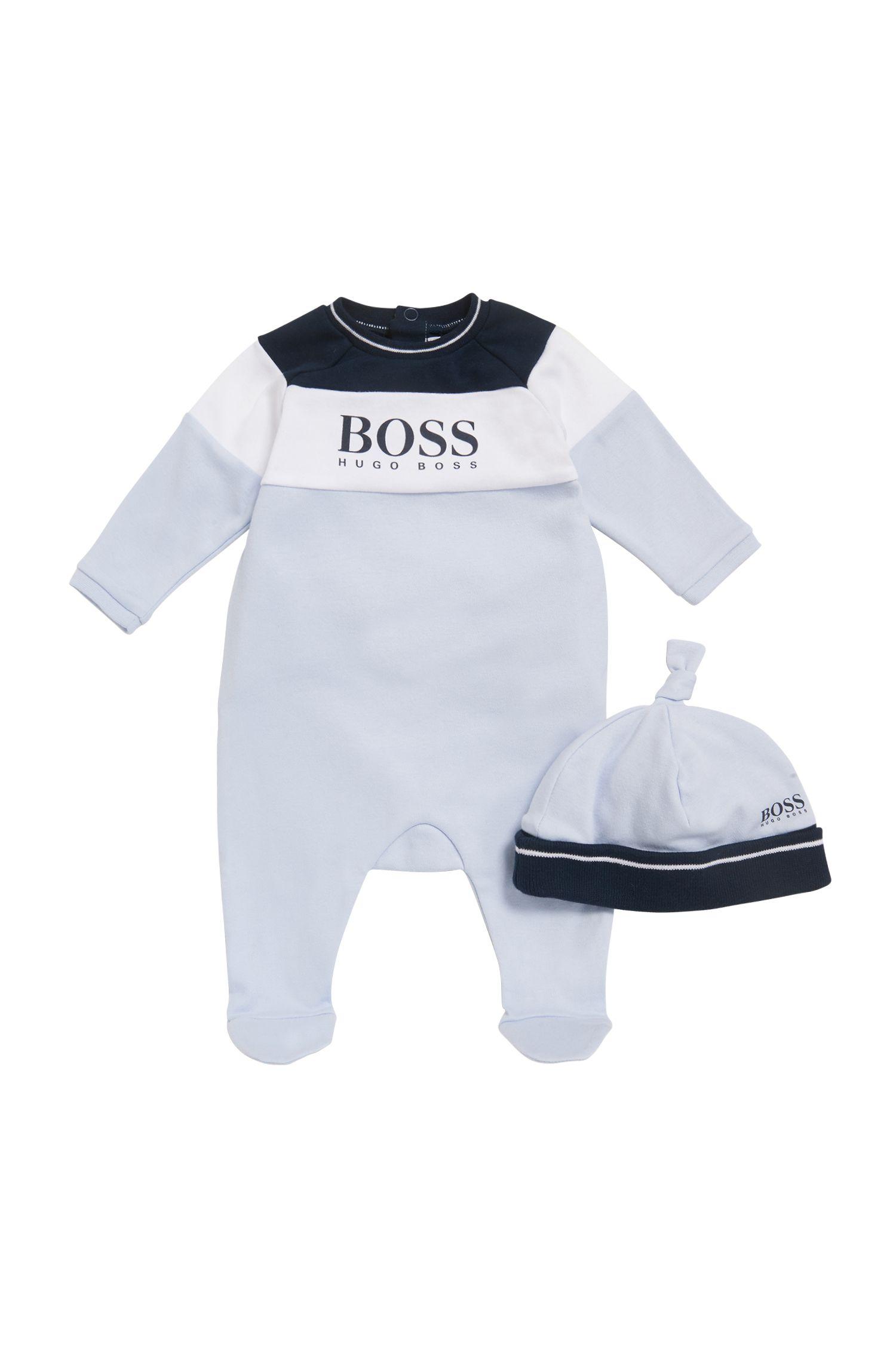 Geschenk-Set mit Baby-Pyjama und Mütze mit Logo-Print, Hellblau
