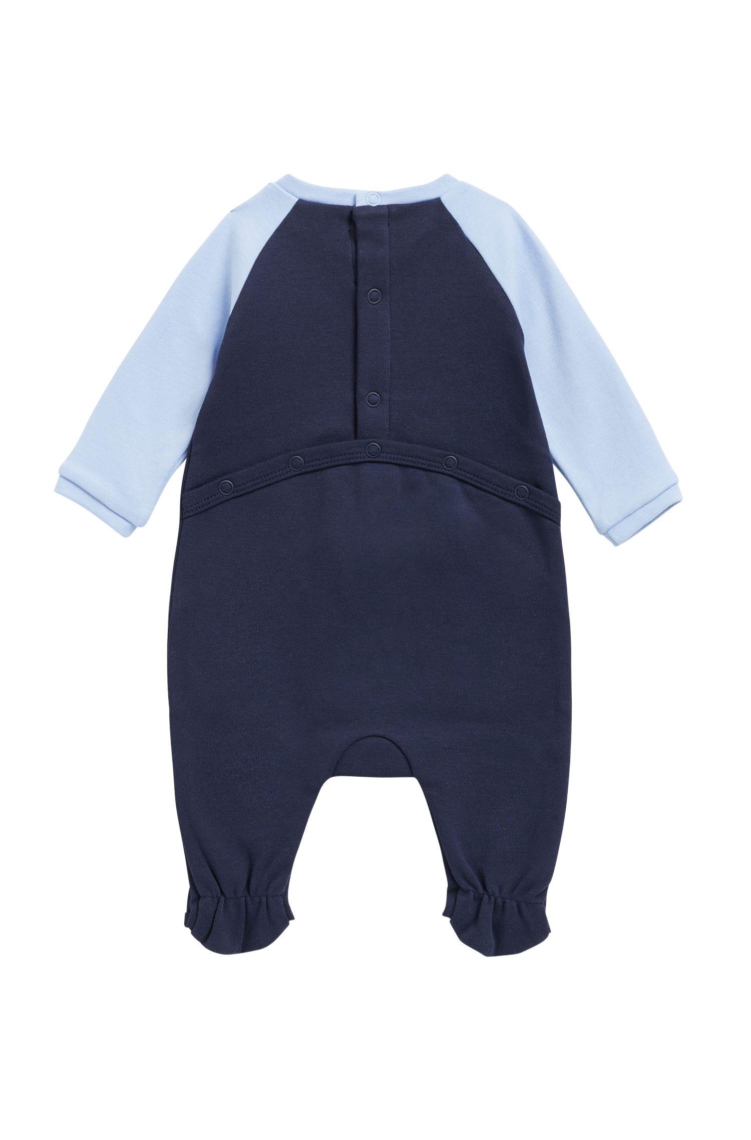 Baby sleepsuit and bib set in interlock cotton, Patterned