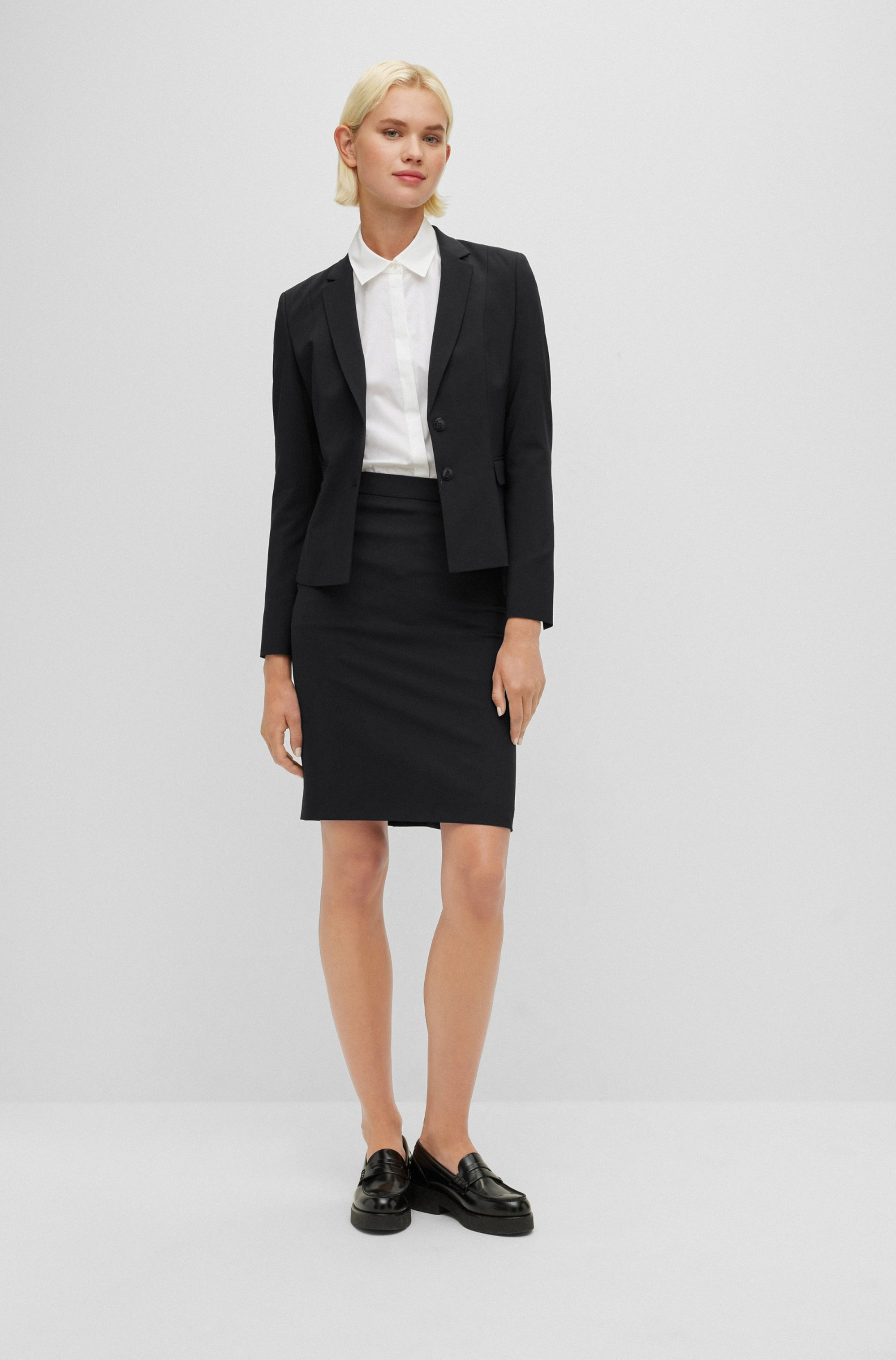 Stretch wool slim-fit pencil skirt
