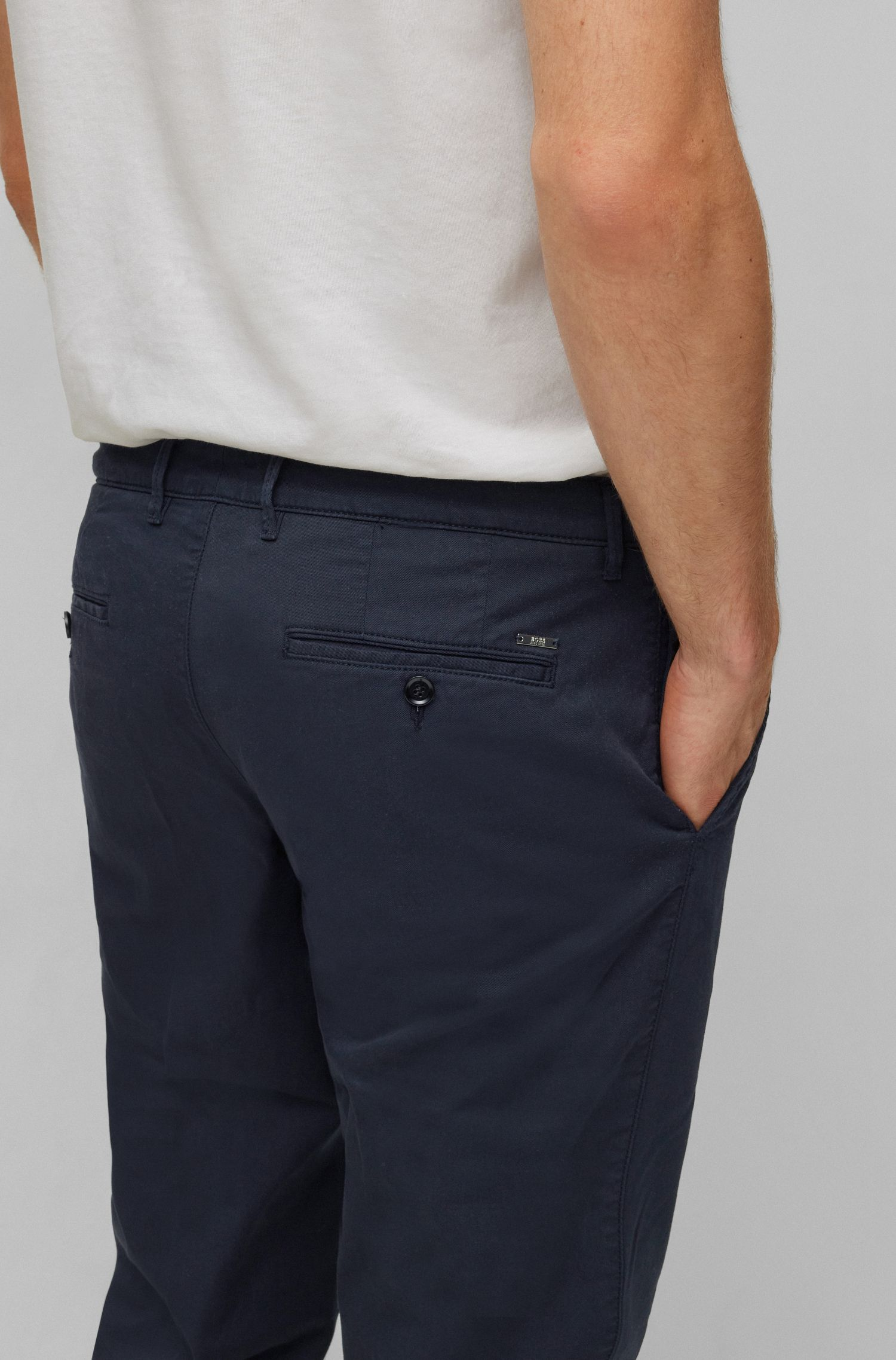 Regular-fit chinos in stretch cotton gabardine, Dark Blue